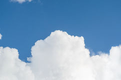 White big cloud and blue sky Royalty Free Stock Image