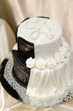 White and black wedding cake Royalty Free Stock Photography