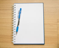 White blank page sketch book and pen Royalty Free Stock Photography