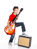 White boy sings and plays on the electric guitar Royalty Free Stock Photos
