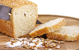White bread with knife Royalty Free Stock Photos