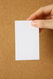White card on a cork board Royalty Free Stock Photography
