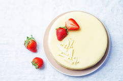 White chocolate cream cheese cake with strawberries Royalty Free Stock Photo