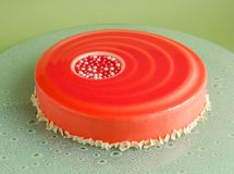 29.Cake with white chocolate mousse and red glaze Royalty Free Stock Photo