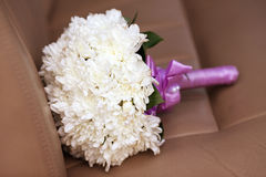 White chrysanthemum wedding bouquet with purple Royalty Free Stock Images