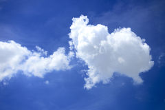 The white cloud and blue sky Royalty Free Stock Photography