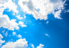 White clouds with blue sky Royalty Free Stock Photos