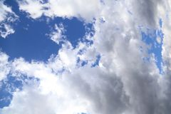 White clouds and Blue sky Royalty Free Stock Photos