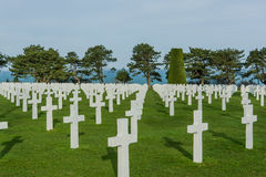 White crosses in American Cemetery, Omaha Beach, Normandy, Franc Royalty Free Stock Photos