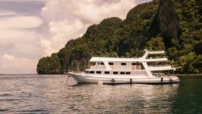 White cruise on the sea Royalty Free Stock Photo