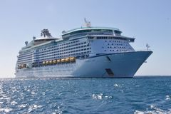 White Cruise Ship Royalty Free Stock Photos