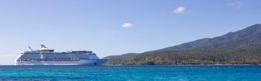 White Cruise Ship Near Island Stock Photography