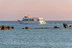 White cruise yacht in the sea Stock Photography