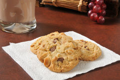 White and dark chocolate chip cookies Royalty Free Stock Photo