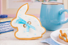 White Easter bunny rabbit gingerbread cookie Stock Photography