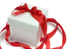 white för band för bowask gåva isolerad röd Fotografering för Bildbyråer