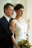 white för brudbrudgumbröllop Royaltyfri Fotografi