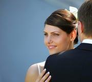 white för brudbrudgumbröllop Arkivbilder