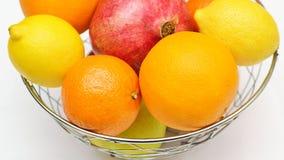 white för citron för kiwi för bakgrundsfruktgrapefrukt orange Fotografering för Bildbyråer