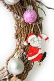 white för juldekorisolering Santa Claus och leksaker Arkivfoto