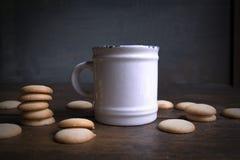 white för kaffekopp Arkivbild