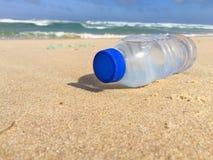 white för modell för flaska 3d plastic Royaltyfri Fotografi