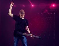 white för rock för bakgrundsmanmusiker Royaltyfri Bild