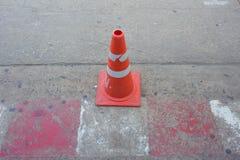 white för trafik för kottar för bakgrund 3d bild isolerad Royaltyfri Bild