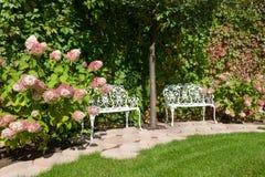 Free White Garden Benches Stock Photos - 26638463