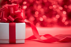 Free White Gift Box Wrap With Red Ribbon Bow Royalty Free Stock Photography - 82106967