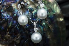 White gold pendant and earrings with south sea pearls and diamon Royalty Free Stock Photography