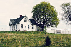 Free White House On A Hill Royalty Free Stock Images - 91081489