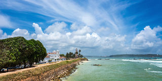 White lighthouse and Meeran Jumma Masjid mosque in old Dutch Galle fort Stock Images