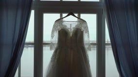 white ?lubny sukienk? zbiory