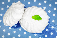 White marshmallows with peppermint on polka cardboard box Royalty Free Stock Images