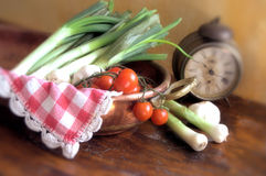 White onions and tomatoes Royalty Free Stock Images