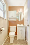 White and orange small bathroom Royalty Free Stock Photography