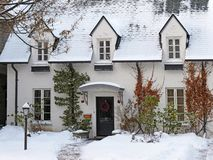 Free White Painted Brick House With Snow Royalty Free Stock Photos - 135446158