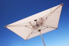 white parasolowy Obrazy Stock