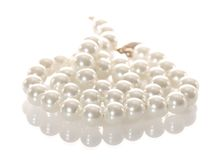 White pearl necklace isolated Royalty Free Stock Photos