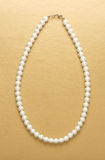 White pearl necklace of one string Royalty Free Stock Photos