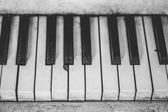 White Piano Keyboard stock photography