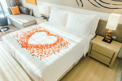 White pillow on bed Royalty Free Stock Photography