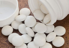 White pills laid out on the surface Royalty Free Stock Images