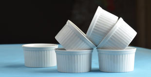 White porcelain ramekin baking dishes Stock Photography