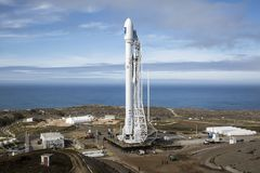 White Rocket Launch Pad Royalty Free Stock Images