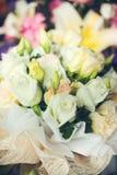 white roses bouquet Royalty Free Stock Photos