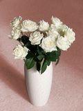 White roses  in a vase Royalty Free Stock Photography