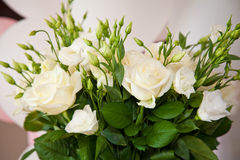 White roses in vase Stock Photography