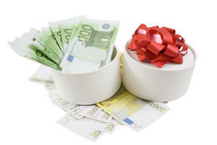 White round box withf banknotes. For one and two hundred euros Stock Images